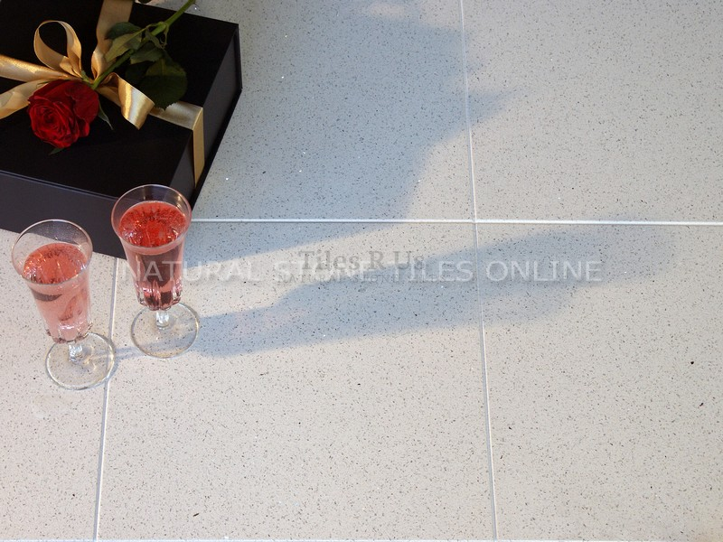 Chiffon White Quartz Polished 300x600x10mm